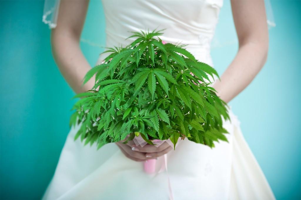 Matrimoni eco-sostenibili: anche l'abito e il menu sono alla Canapa